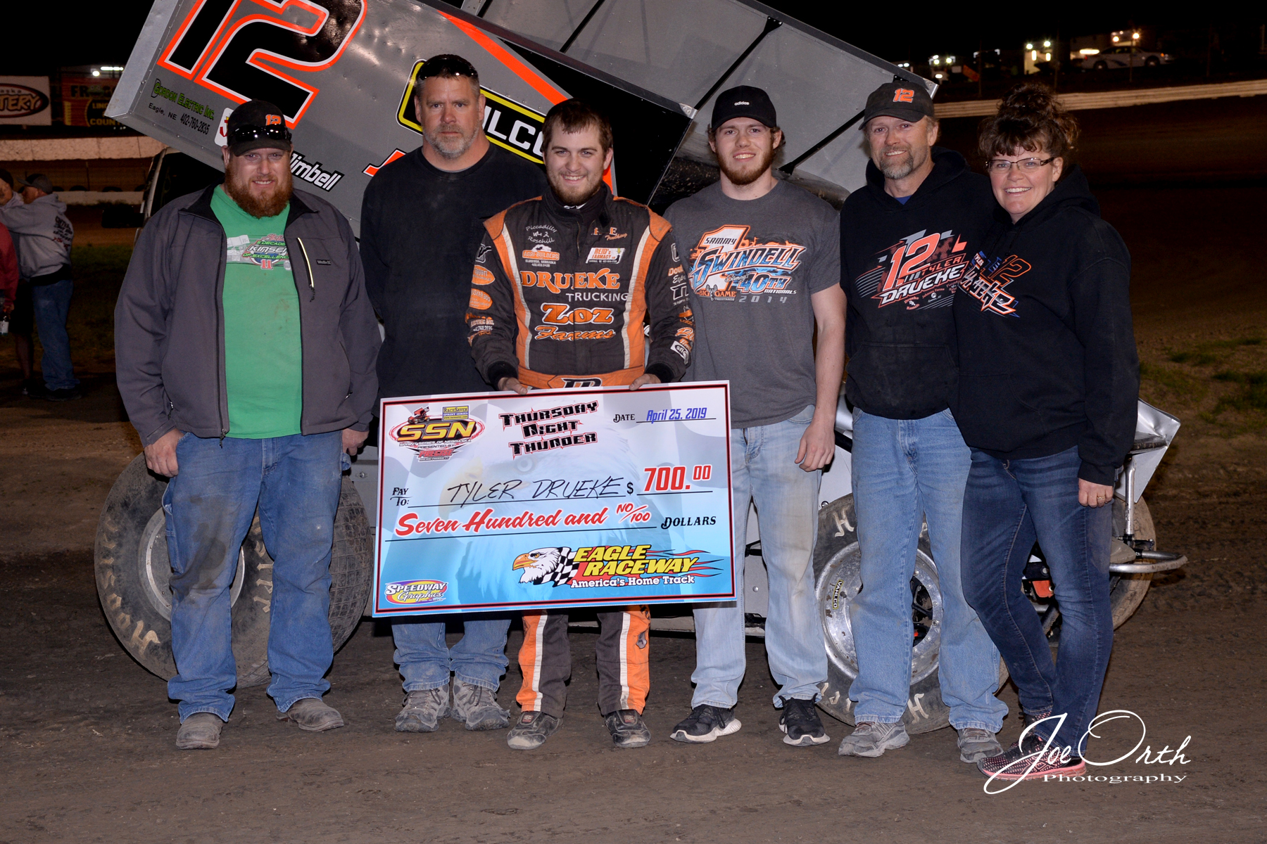 DRUEKE MAKES SOME THURSDAY NIGHT THUNDER AT EAGLE RACEWAY WITH THE SSN
